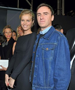Raf Simons with Eva Herzigova at his debut Couture show