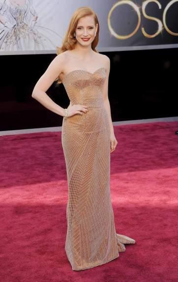 Jessica-Chastain_Giorgio-Armani_2013-Oscar-1