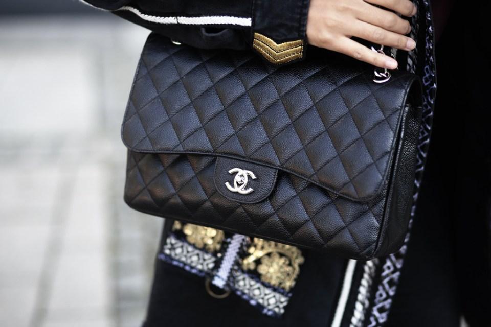 thefashionanarchy_blogger_fashionblog_modeblog_styleblog_fashionblog_outfit_exotic_denim_desigual_streetstyle_look_munich_muenchen_munichblogger_styleblog_chanel_slipper_6