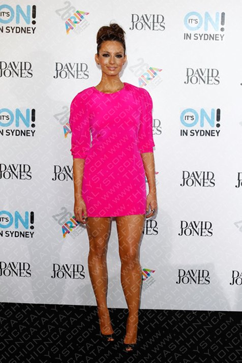 Ricki Lee Coulter Dazzles at The 2012 Aria Awards