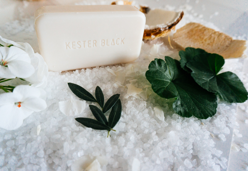 kester-black-sea-salt-soap-1