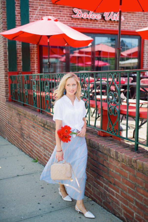 street style blonde red flowers