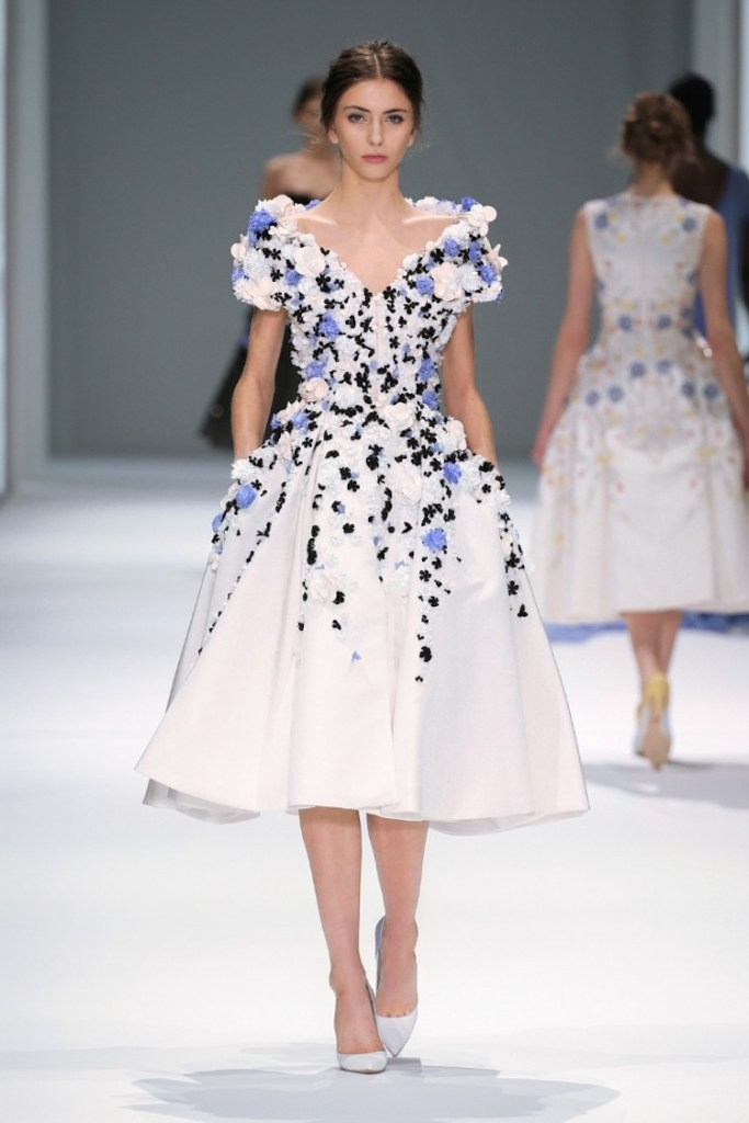 RALPH & RUSSO HAUTE COUTURE Spring/Summer 2015