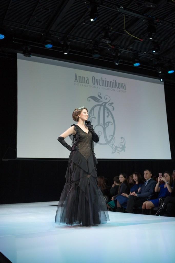 ANNA OVCHINNIKOVA Fall Winter 2015/16