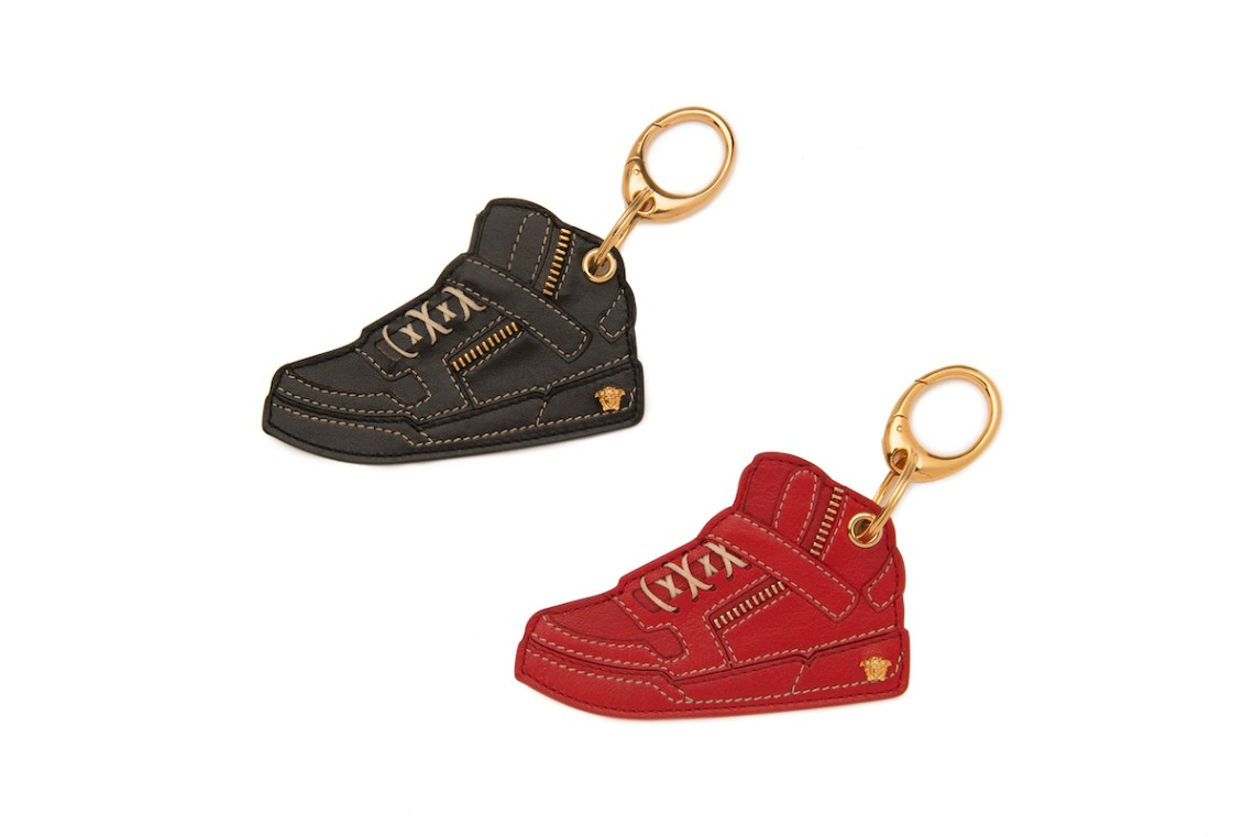 VERSACE HOLIDAY ACCESSORIES