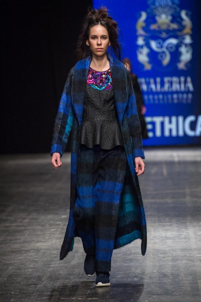 Waleria Tokarzewska-Karasiewicz Fall/Winter 2016-2017