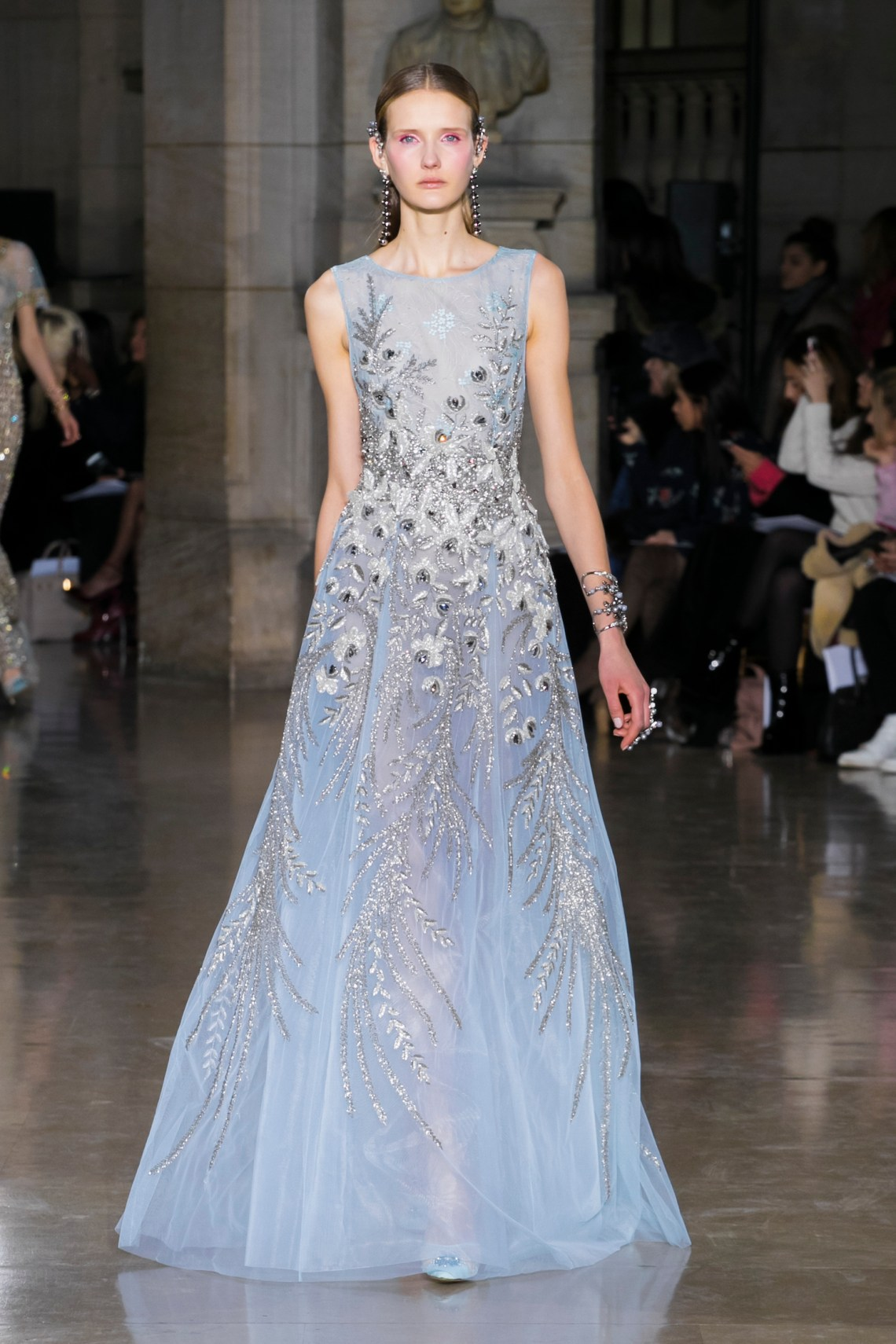 Georges hobeika haute couture spring summer 2017 for Haute couture 2017