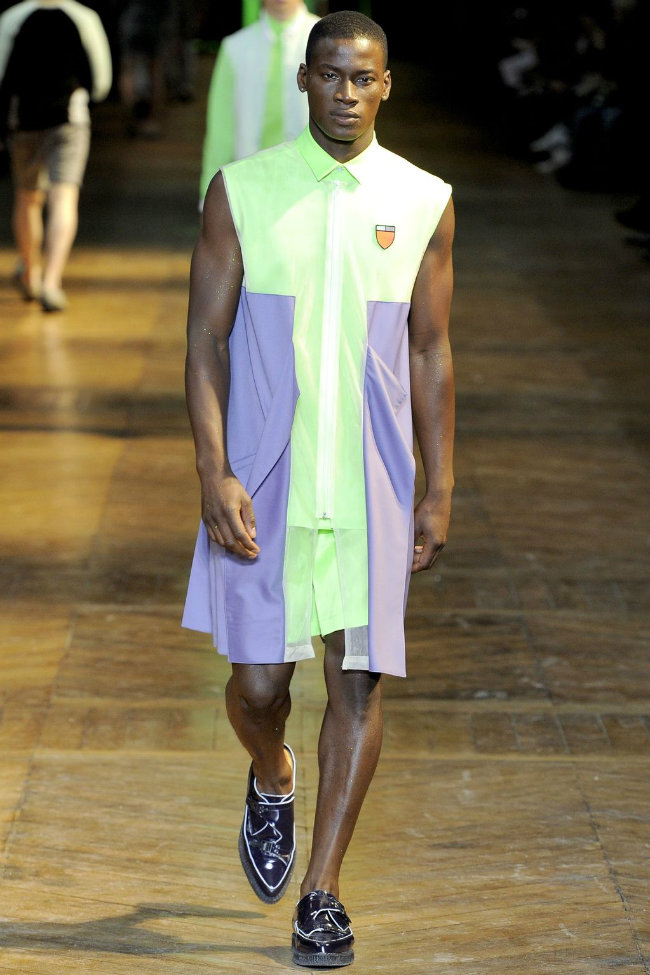 muglerrunway11 Mugler Spring 2012 | Paris Fashion Week