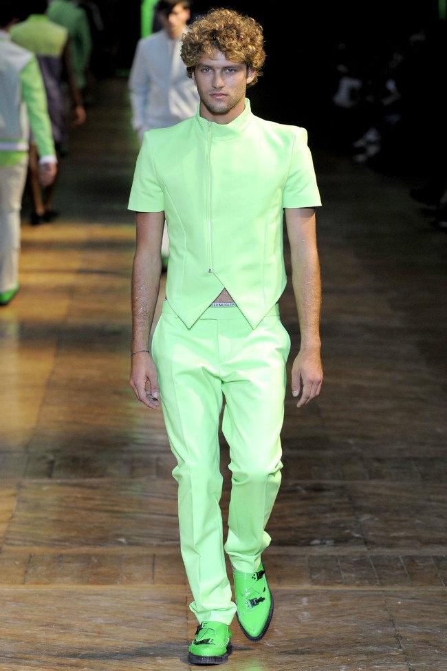 muglerrunway9 Mugler Spring 2012 | Paris Fashion Week