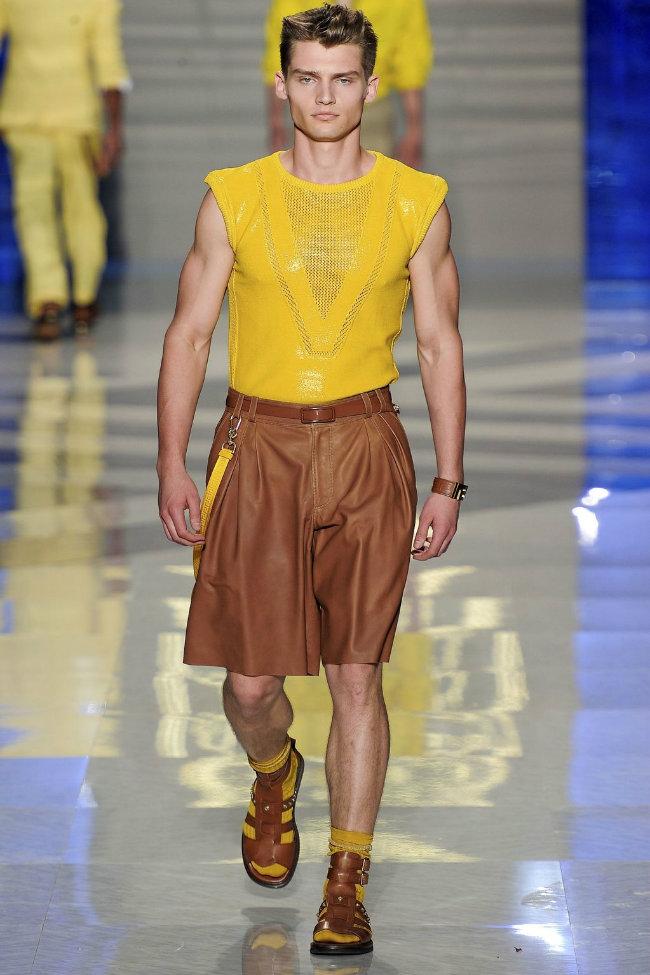 versace29 Versace Spring 2012 | Milan Fashion Week