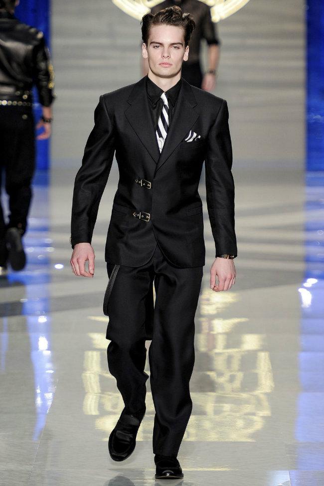 versace3 Versace Spring 2012 | Milan Fashion Week