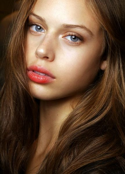 stained lips fall 2014 beauty trends 14