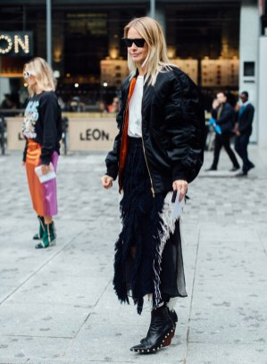 best-street-style-london-fashion-week-spring-2018-day-4-3