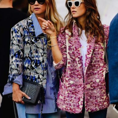 new-york-fashion-week-designer-inspirations-spring-2018-street-style-printed-textured-blazer-jeans-line-langmo-nina-sandbech-600x600