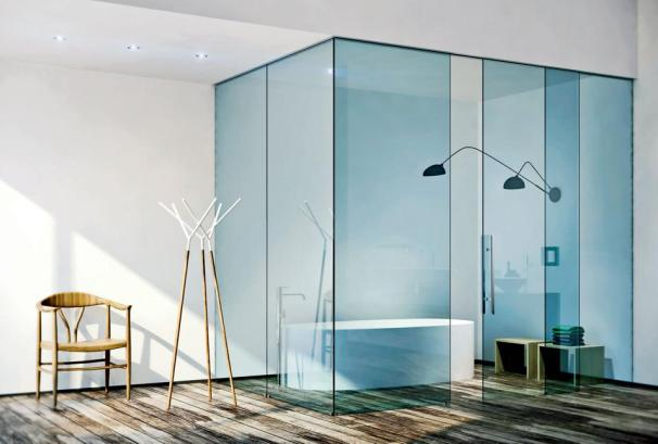The Henry Glass is a luxury door option. The fixed partitions and sliding doors are made of a tempered safety glass. The effect is the feeling of a room within a room. henryglass.it