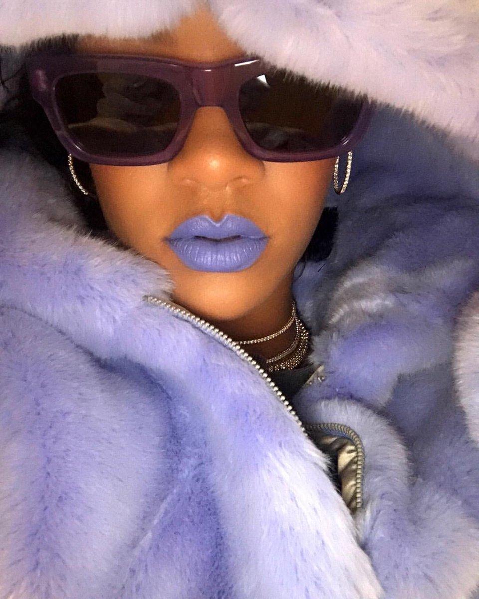 ya dip lipstick