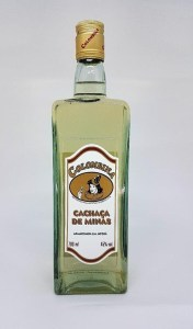 Colombina Cachaca de Minas Serie Especial 10 Anos Rum Review by the fat rum pirate