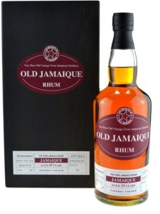 Old Jamaique Rum Aged 35 Years Long Pond 1977 review by the fat rum pirat