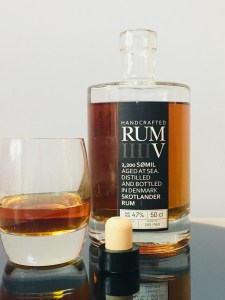 Skotlander Handcrafted Rum V 2,200 SØMIL rum review by the fat rum pirate