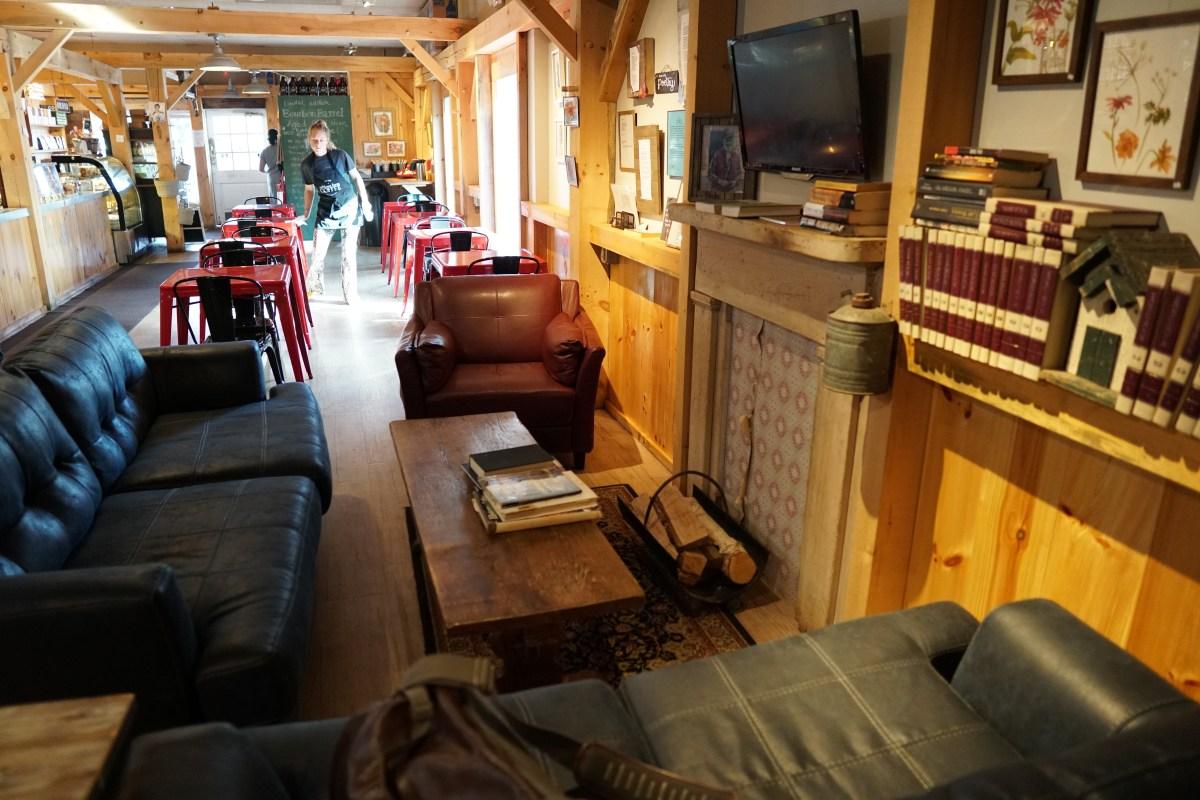 ashlawn couches
