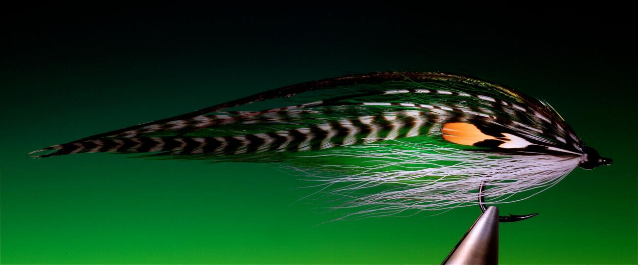fly tying Hoodlum sea trout streamer