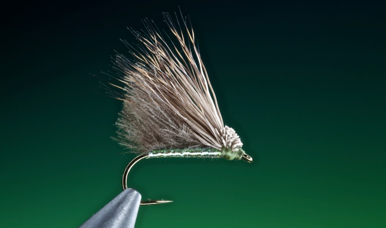 fly tying Double D caddis dry fly