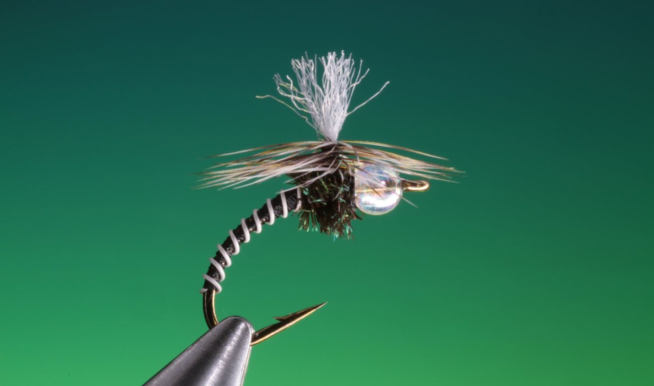 fly tying Parachute zebra midge