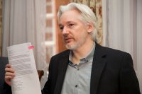 http://thefederalist.com/2018/11/28/manafort-assange-drama-proves-media-will-buy-any-russia-conspiracy-story-no-matter-its-flaws/