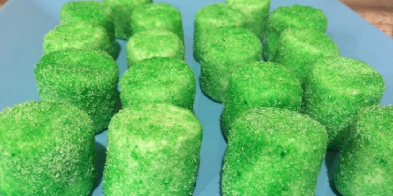 Arrow Birthday Marshmallow Pops (tutorial)