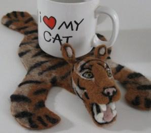 Tiger Mug Rug Neysa Russo