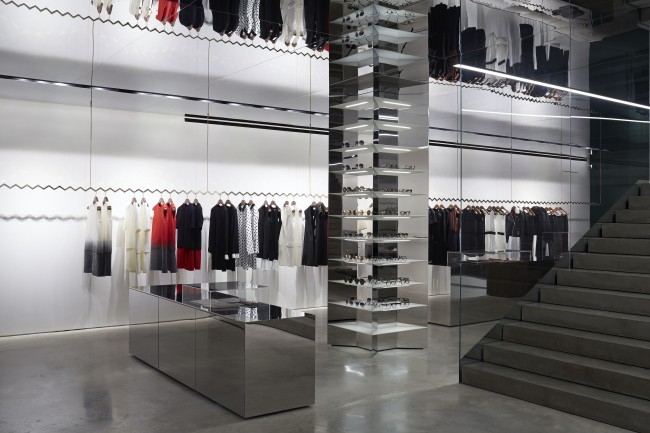 Victoria Beckham個人品牌首間專門店開幕,落腳倫敦精華地段 - The Femin