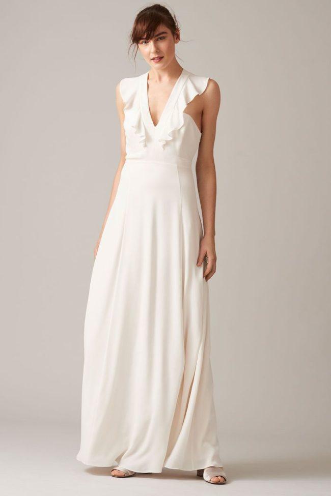 做個時髦高雅的新娘:英國服裝品牌Whistles 釋出首個平價婚紗系列 - The Femin