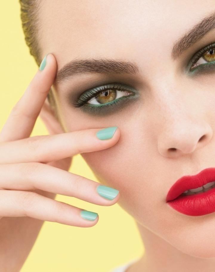 勾勒屬於那布勒斯的繽紛回憶:Chanel 2018春夏彩妝系列 - The Femin