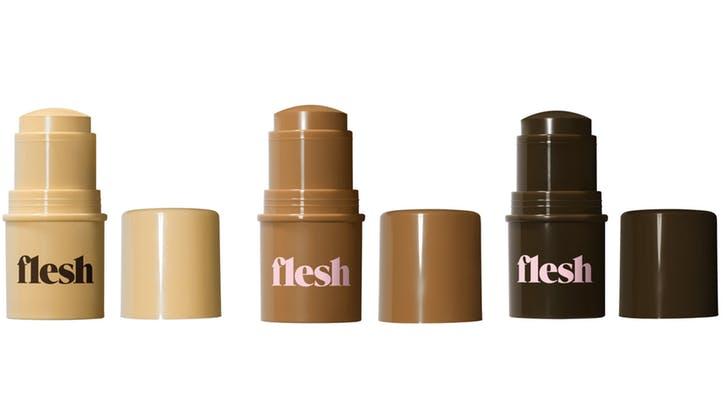 搭上多款色號的底妝趨勢:Revlon 將推出全新美妝品牌 Flesh - The Femin