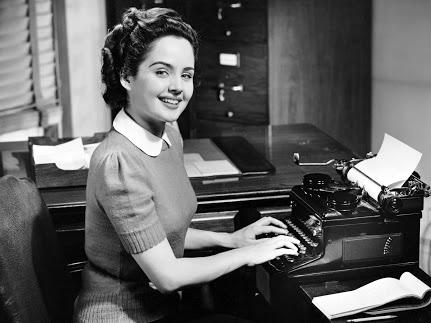 woman-computer-vintage.jpg (431×323)