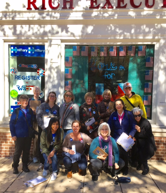 Moms4HRC volunteers travel to PA to canvass for the Clinton campaign
