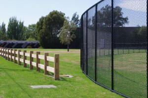 chainwire fence, chainmesh fence, chainlink fence,
