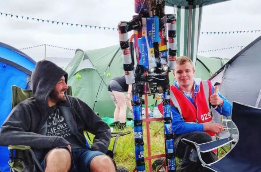 What's it like volunteering at Download with Hotbox?