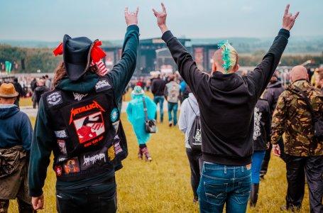 Download Festival Horns