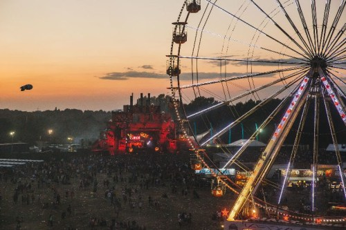 Parklife ferris wheel sunset