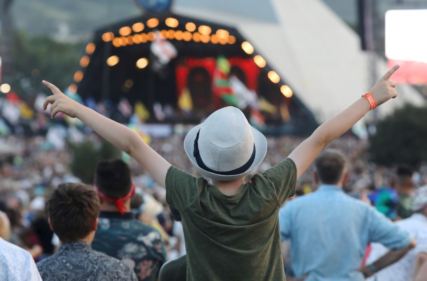 First batch of Glastonbury 2020 tickets sell out in 27 minutes