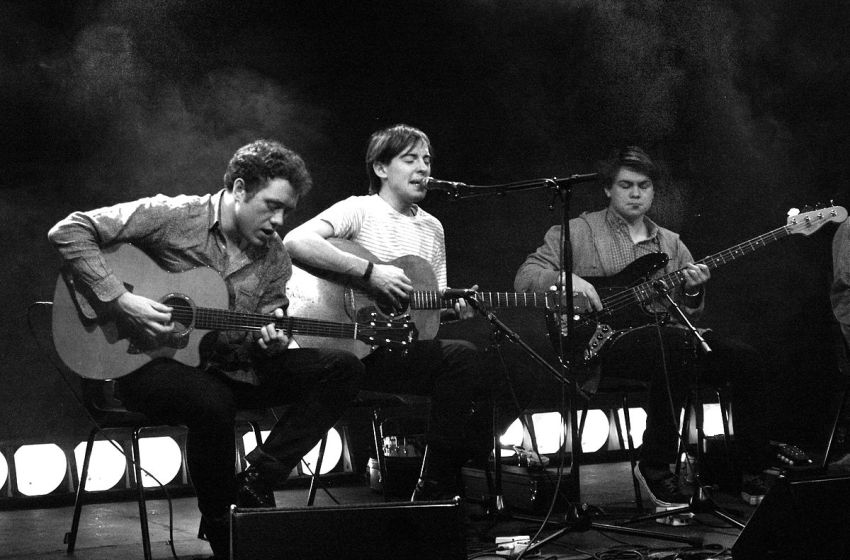 Bombay Bicycle Club are 'working on' playing at Glastonbury