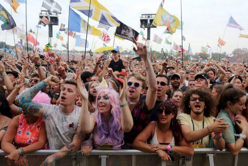Glastonbury Pyramid Stage crowd