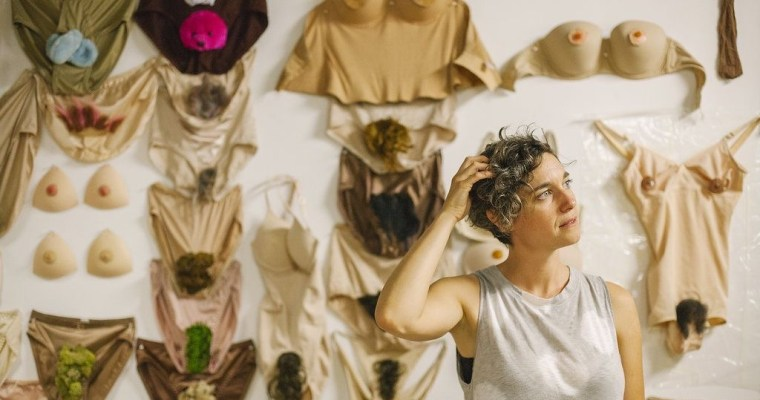 Talking Nakedness, Selfies and Poo Stories with Artist Allison Honeycutt