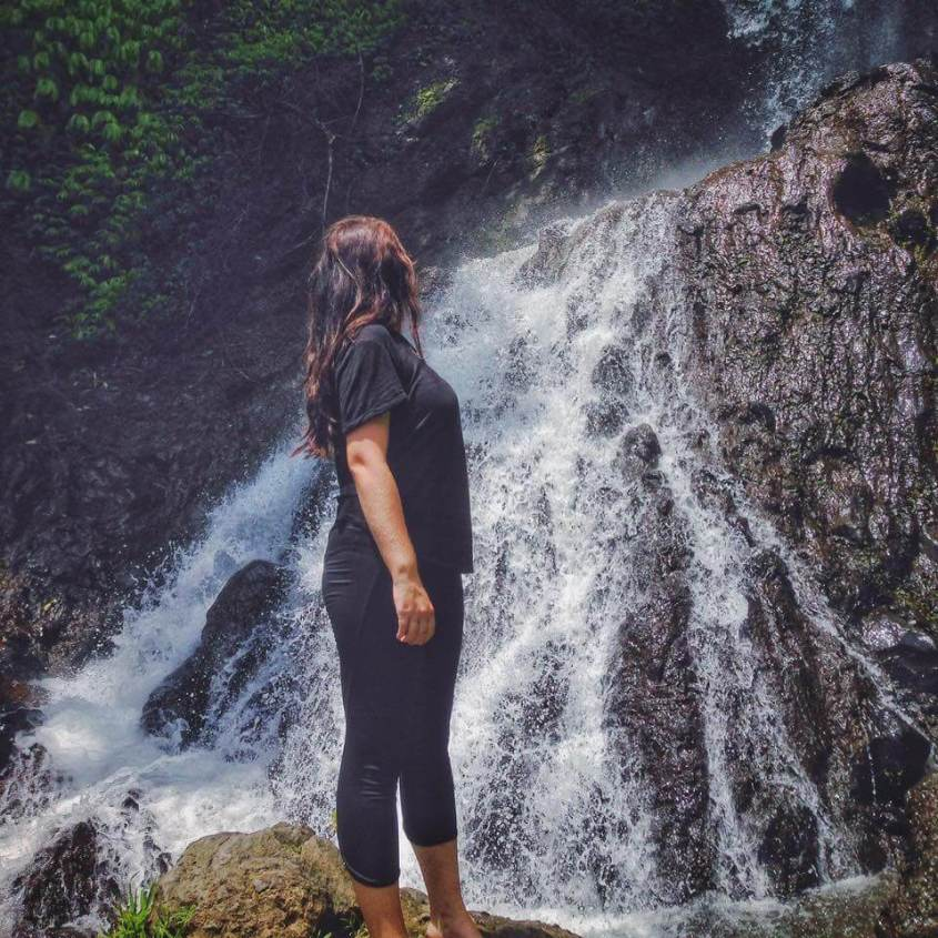 Girls all over the World Talks about Traveling Solo while in a Relationship 12