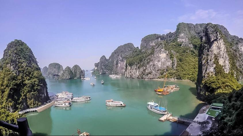 My Halong Bay Experience (with Day Tour Guide)