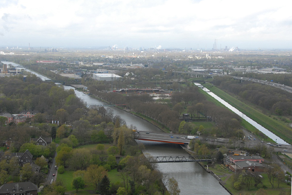 The Emscher Island area between the Emscher River and the Rhine-Herne canal in the heavily industrialized Ruhr area. image: Michael Roth 2012