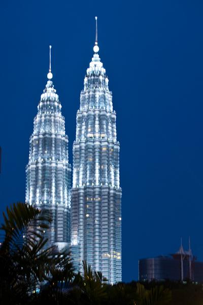 Petronas Twin Towers, Kuala Lumpur, Malaysia image: Erik Mustonen