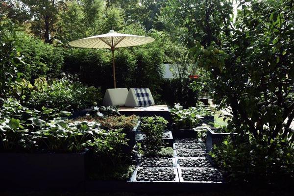 """Contemporary Thai Garden"" by Wannaporn Pui Phornprapha of P Landscape image: Jeab Hathai"