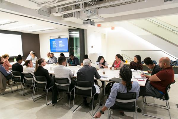 Diversity Summit participants in open discussion / EPNAC.com